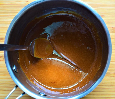 Melted sugar in a pan