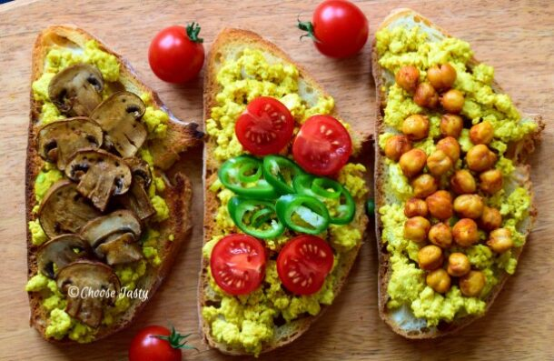 Tofu scramble on toast with toppings