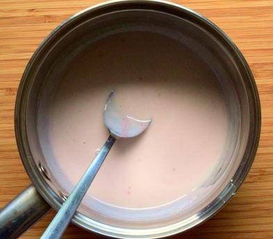 Coconut cream mixed with agar agar and cornstarch